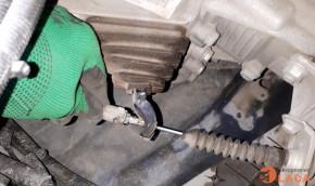 Регулировка тросика сцепления на Lada Granta