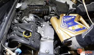 Как менять масло в двигателе Лада Гранта